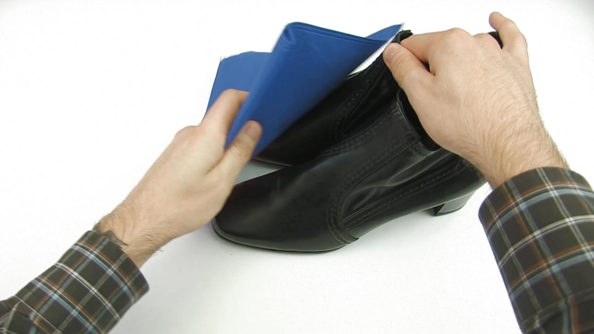 مراقبت از کفش مردانه