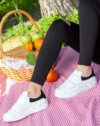 کفش اسپرت  سفید مشکی جیر کفش اسپرت  - سفید - مشکی - جیر  Deripabuc